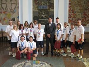 Kruševački olimpijci sa gradonačelnikom Nestorovićem
