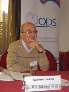 Radomir Jevtić ima dugogodišnje iskustvo u radu sa mladima