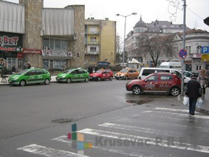U Kruševcu ima više od 400 taksi vozila
