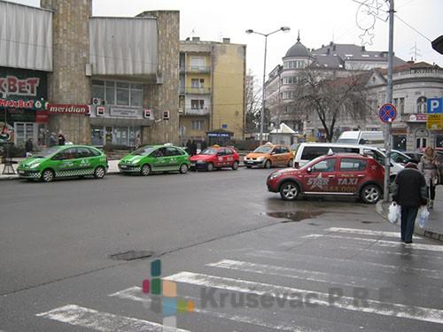 """Haos na kruševačkim ulicama zbog """"divljih"""" taksista!"""