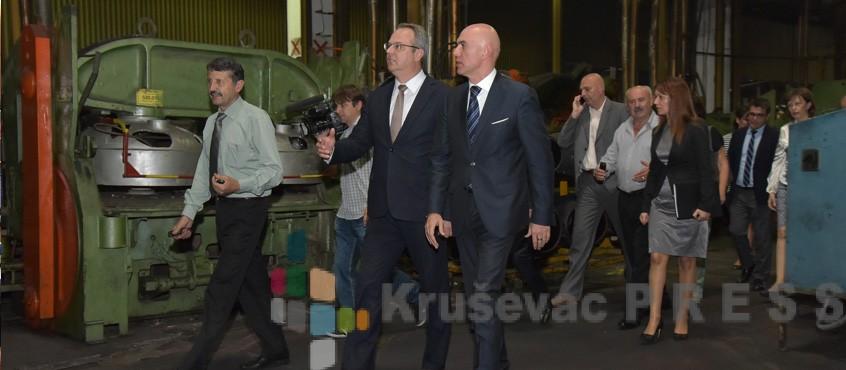 Ministar privrede Sertić posetio tri preduzeća u Kruševcu i Trsteniku
