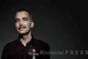 Nenad Gladić alijas Lepi Brka je predsednik žirija nagradnog konkursa