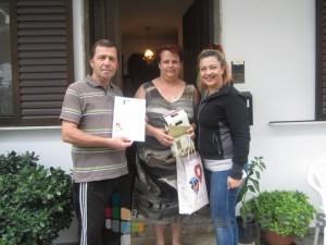 Članovi porodice Kjupci i Nevena Lazarević, direktorka Centra za osobe sa invaliditetom