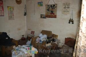 Jedna od soba u kojoj je živeo pokojni Sretenović foto S.Milenković