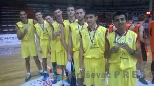 """Košarkaši """"Palestre"""" bili su najbolji na državnom prvenstvu u Čačku"""