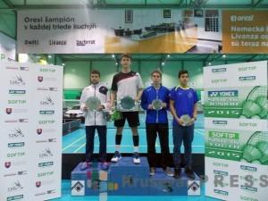 Sergej Lukić, prvi sa leve strane, na pobedničkom postolju u Trenčinu FOTO: Badminton savez Srbije