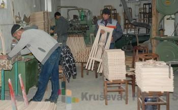 """U pogonima """"Francuza"""" dnevno se proizvede 30 kvalitetnih stolica FOTO: S.Babović"""