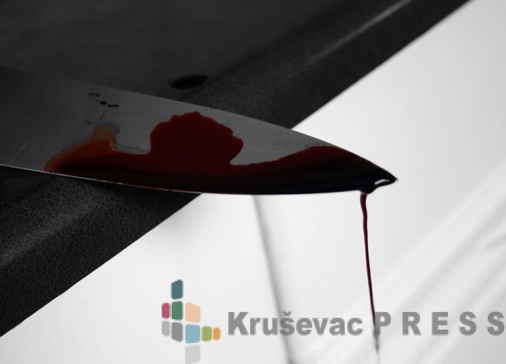 PRIVEDEN OSUMNJIČENI ZA POKUŠAJ UBISTVA: Nožem napao mladića u kladionici