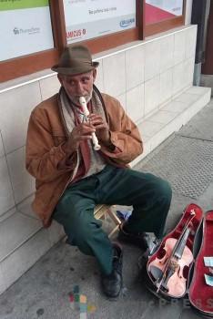 Radojica Lazić, sedamdesetogodišnji ulični svirač