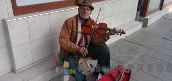 Još jedna pesma starog muzičara