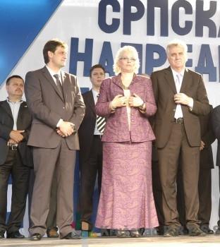 Bratislav Gašić na skupu SNS sa Jorgovankom Tabaković, Tomislavom