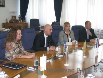 """""""Trajal"""" je potpisao tri ugovora za izvoz, prodaju i uslužnu proizvodnju guma FOTO: S.Milenković"""