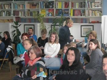 Roditelji treba da prate šta njihova deca rade na Internetu i koga prigvataju za prijatelja FOTO: S.Milenković