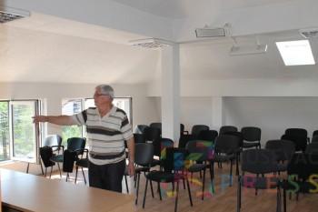 Predrag Trajković je deo kuće pretvorio u učionice FOTO: N. Lazić