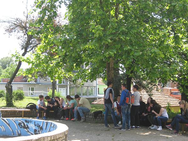 Mladima neophodan podsticaj da bi ostali u Varvarinu