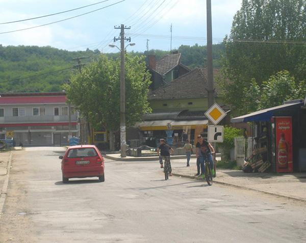 VARVARINCI IMENOVALI 152 ULICE: Burduš dobija ulicu u Maskaru a Erih Šlomović u Bačini