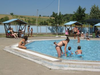 Sezona kupanja na otvorenim bazenima počeće posle 15. jula FOTO: S. Milenković