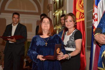LJiljana Habjanović Đurović sa Vidovdanskom nagradom