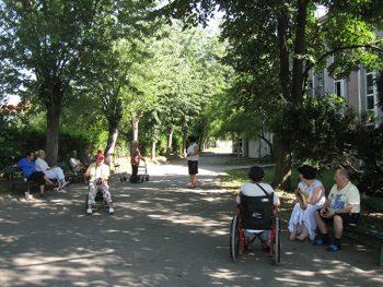 Porodice često izoluju najstarije članove domaćinstva FOTO: S. Tomić