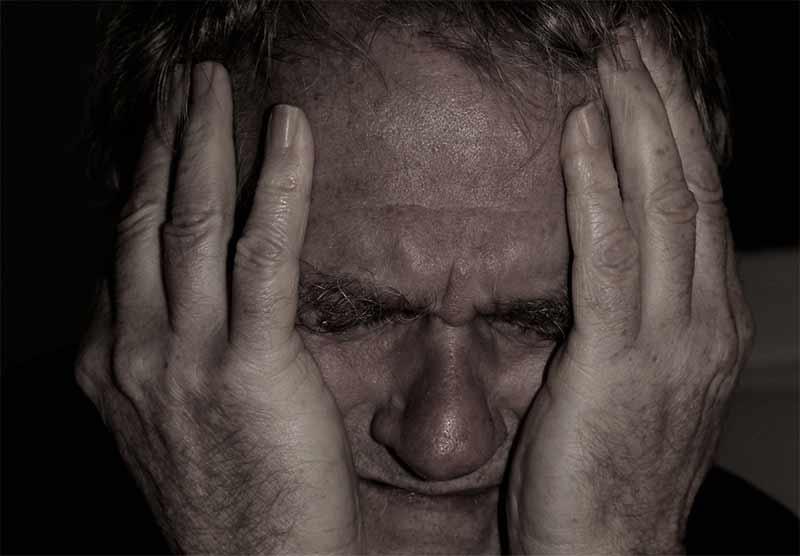 Stare osobe najčešće tuku sinovi i unuci!