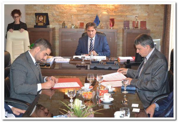 """Potpisan ugovor između """"Srbijašuma"""" i """"Building Energy"""""""