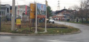 NAŠE NARAVI: Putokazom za crkvu zaklonili putokaz za Aleksandrovac
