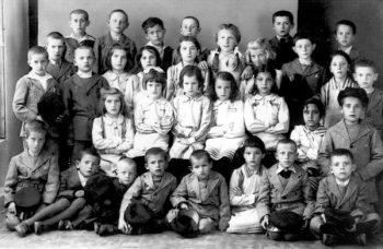 Deca koju su baksuzi obukli 1937.godine