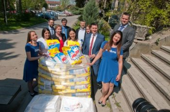 Merix donacija kompanija Henkel Srbija i DIS za porodilišta širom Srbije