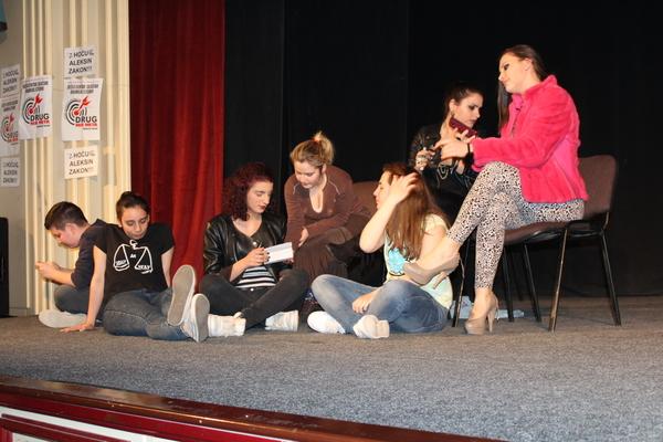 predstava ucenika Gimnazije osvojila je trece mesto foto s.milenkovic