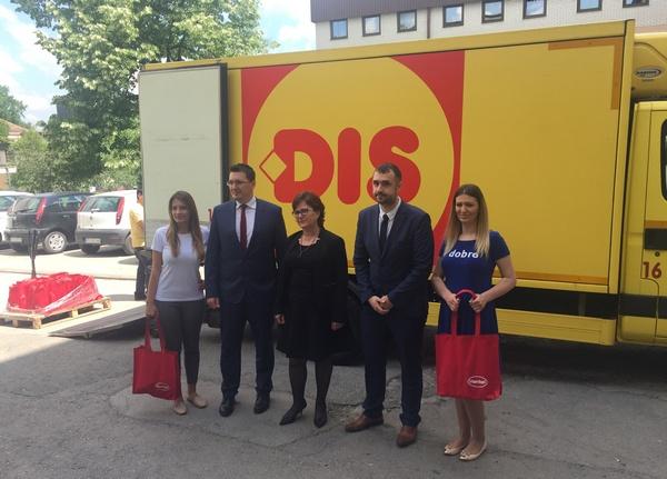 Henkel i DIS donacija Opstoj bolnici u Krusevcu