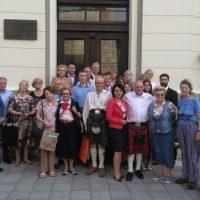 Naslednici i rođaci škotskih bolničarki i članovi Društva srpsko-škotskog prijateljstva FOTO: CINK - S.Milenković