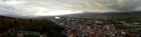 Panoramski pogled sa zamka u Trenčinu