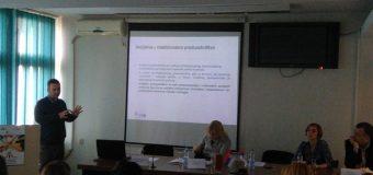 """Prezentacija projekta """"Razvoj socijalnog preduzetništva u Rasinskom okrugu"""" u Kruševcu"""