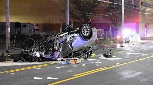 SAOBRAĆAJKA U ŠANCU: Vozač poginuo, 13 putnika povređeno!