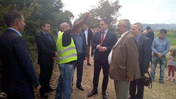 Vlada Srbije podržava izgradnju sekundarne mreže u varvarinskim selima