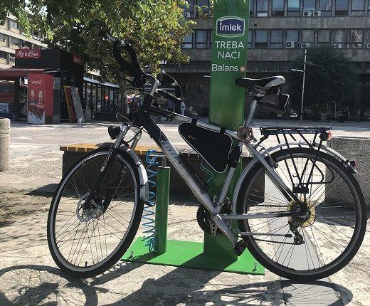 Postavljene tri samouslužne stanice za bicikle