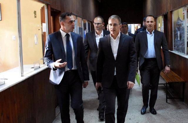 Ministar Nebojša Stefanović obišao Policijsku upravu Kruševac