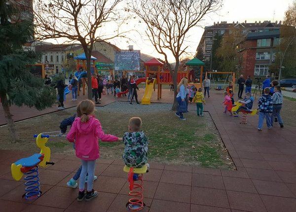 Završeno dečije igralište u centru Trstenika