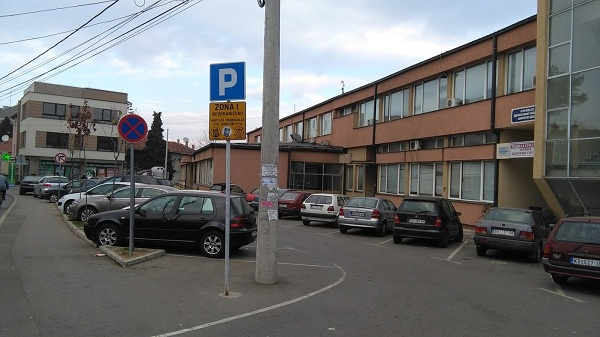 DA LI JE NEOPHODNO?: Naplata parkiranja kod Dečjeg dispanzera