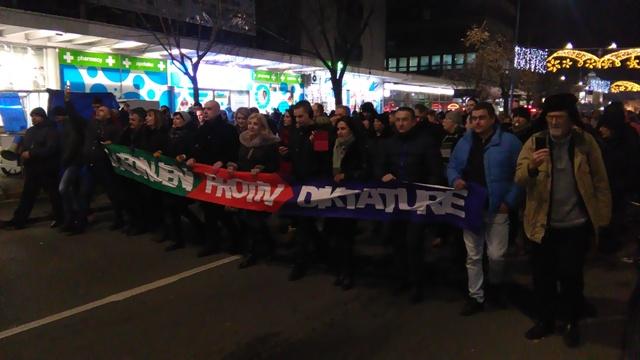 1 OD 5 MILIONA: Protesti u Kruševcu zakazani za petak uveče!