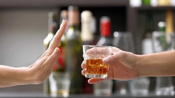Ko je odgovoran za prodaju alkohola maloletnicima?