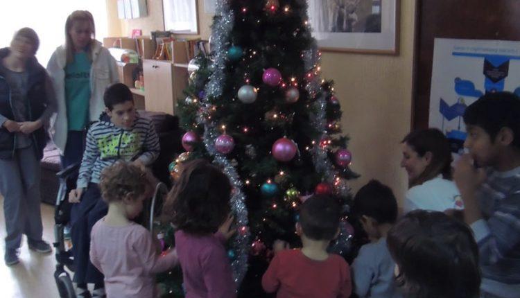 Zaposleni Crédit Agricole bankedoneli Zelenu čaroliju u domove za nezbrinutu decu