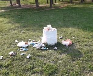 KOMUNALNA PATROLA: Slobodište prepuno smeća!