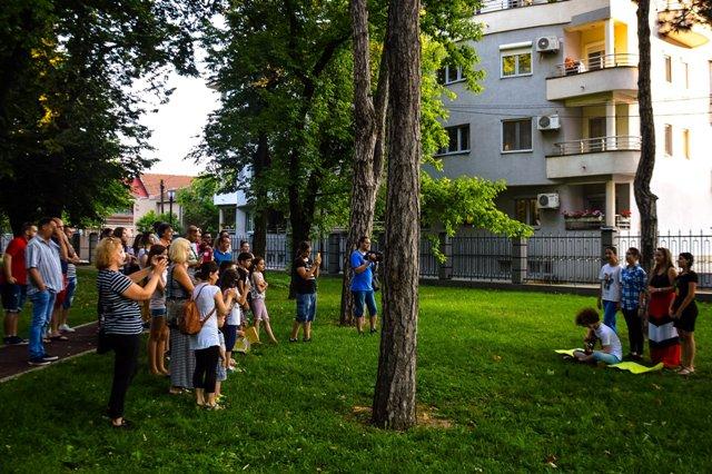 """""""PROLEĆNA MAŠTAONICA"""": Poezija u parku"""
