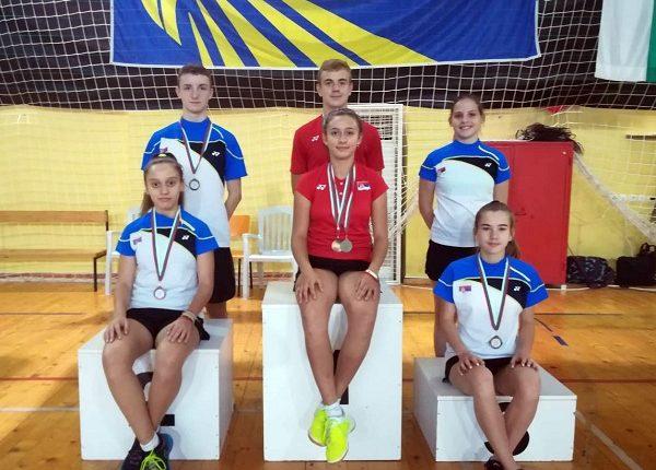 USPEH NA TURNIRU U BUGARSKOJ: Dve bronzane medalje za Saru Lončar
