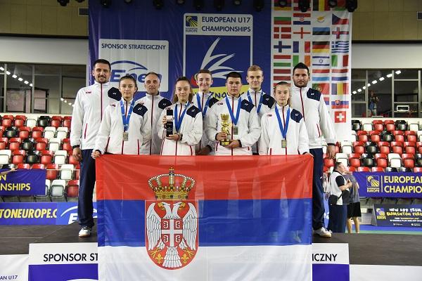UZ VELIKI DOPRINOS KRUŠEVLJANA: Srbija vicešampion Evrope u badmintonu u konkurenciji do 17 godina