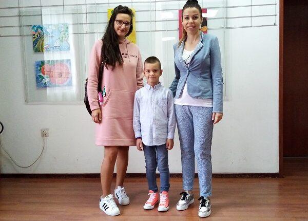 U GALERIJI KCK: Izložba radova sedmogodišnjeg Luke Stepanovića